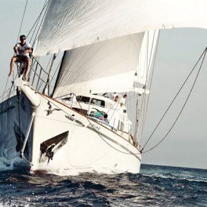 Navegando GoletaAiglon Barco Alquiler en Ibiza