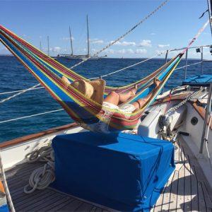 Navegando Transworld 41 Velero Alquiler en Ibiza