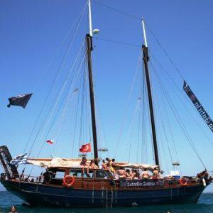 Navegando Goleta Clásica Velero Alquiler en Ibiza