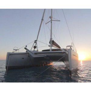 Navegando Belice 43 Catamarán Alquiler en Ibiza