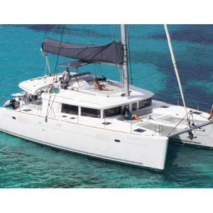 Navegando Lagoon 450 Catamarán Alquiler en Ibiza