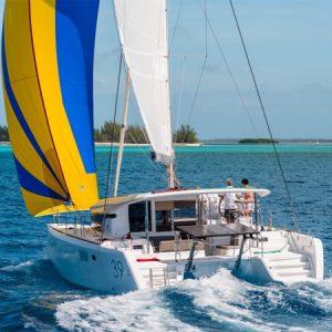 Navegando Lagoon 39 Barco Alquiler en Ibiza