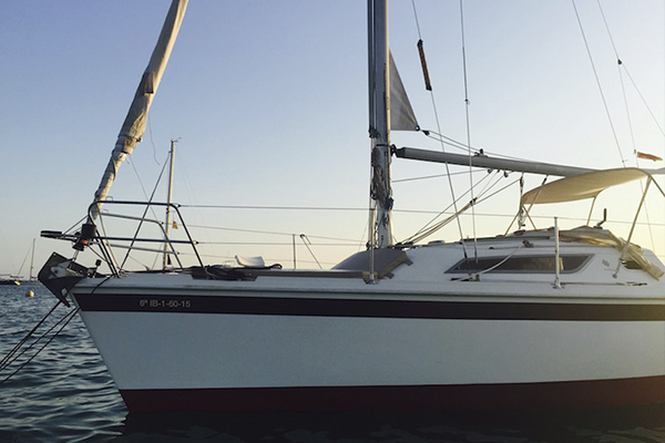 Alquilar velero en Ibiza para fiestas