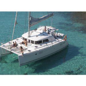 Navegando Lagoon 440 Catamarán Alquiler en Ibiza