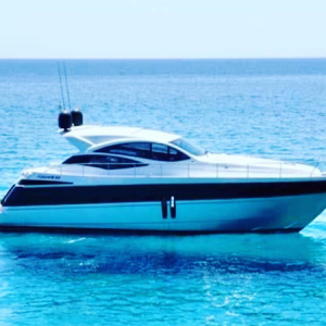 Navegando Pershing 62 Yate Alquiler en Ibiza