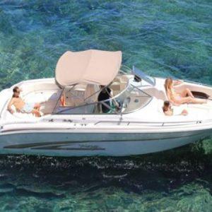 Navegando Sea Ray 280 BR Lancha Alquiler en Ibiza