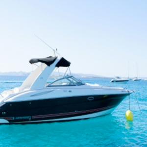 Navegando Monterey 298 Lancha Alquiler en Ibiza