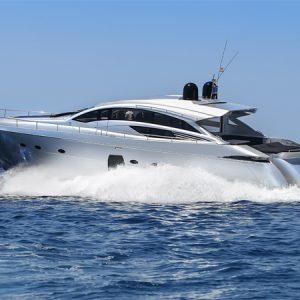 Navegando Pershing 72 Lancha Alquiler en Ibiza