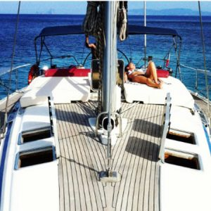 Navegando Bavaria 47 Velero Alquiler en Ibiza