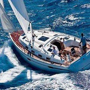 Navegando Bavaria 40 Velero Alquiler en Ibiza