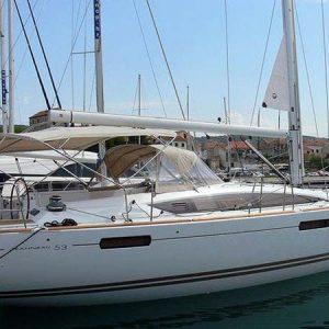 Exterior Jeanneau Sun Odyssey 53 Velero Alquiler en Ibiza