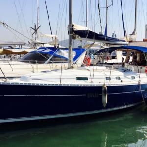 Navegando Oceanis 361 Velero Alquiler en Ibiza