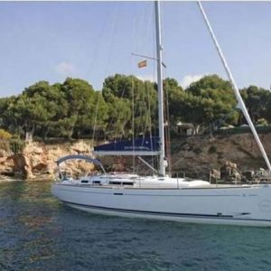 Navegando Dufour 455 Velero Alquiler en Ibiza