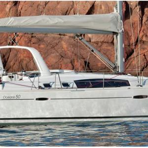 Navegando Beneteau Oceanis 50 Velero Alquiler en Ibiza