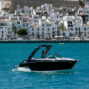 Navegando Monterey 278 Velero Alquiler en Ibiza